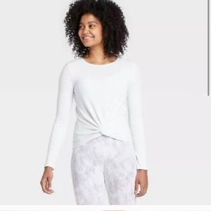 NWT All in Motion Ribbed Twist Front Top